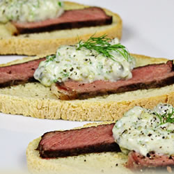 Porterhouse Steak Baguette Bites