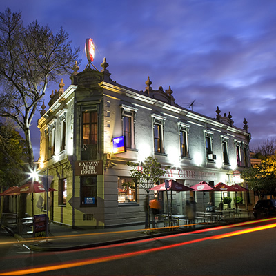 Railway Club Hotel, 107 Raglan St, Port Melbourne VIC