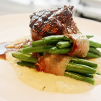 Cape Grim Eye Fillet with white beans, green beans & pancetta